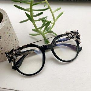 Accessories - Gemstone/diamond oversized statement clear glasses